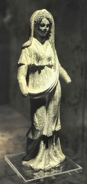 Domitia Longina as Juno, statuette from Krangeweer