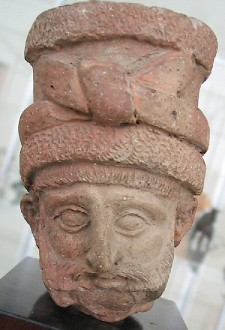 Achaemenid nobleman, late sixth/early fifth century BCE. Archaeological Museum, Tehran (Iran)