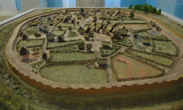 Model of the Eburonian settlement at Hambach-Niederzier