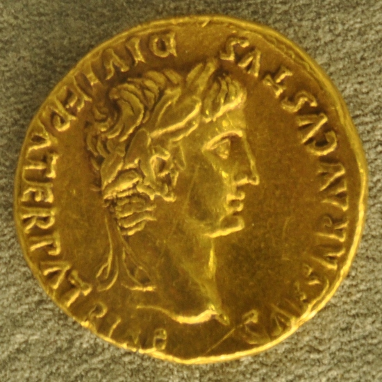 Haltern, gold coin of Augustus