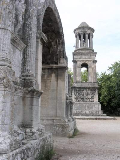 Glanum - Arch and Mausoleum
