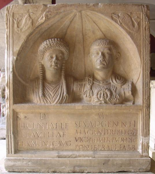 Nemausus, Tombstone of a priestess and an officer of VI Victrix