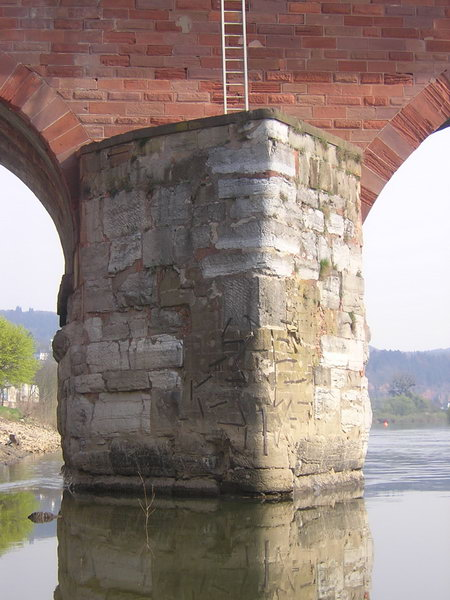 Trier, bridge, pier, pointed side