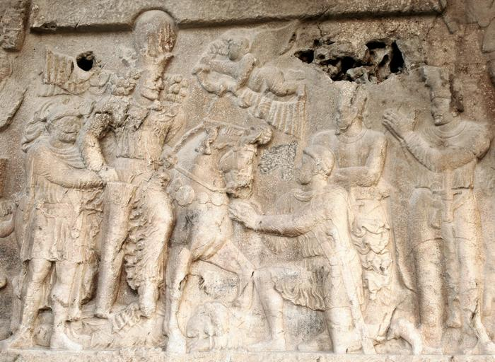 Bishapur, Relief 2, Central scene: Shapur, Gordian, Philip, Valerian, courtiers