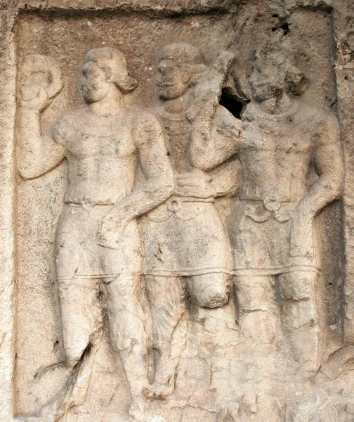 Bishapur, Relief 2, infantry offering a torque