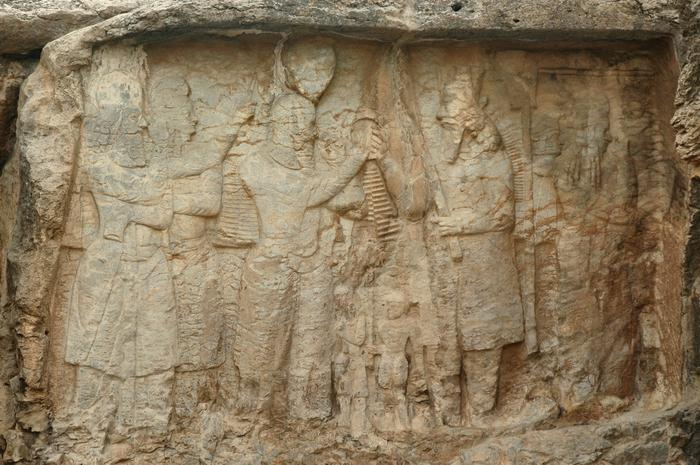 Naqš-e Rajab, investiture relief of Ardašir I, central scene