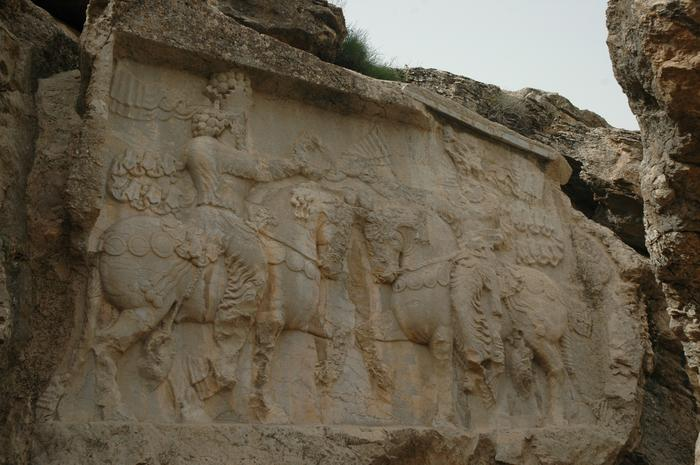 Naqš-e Rajab, investiture relief of Shapur I
