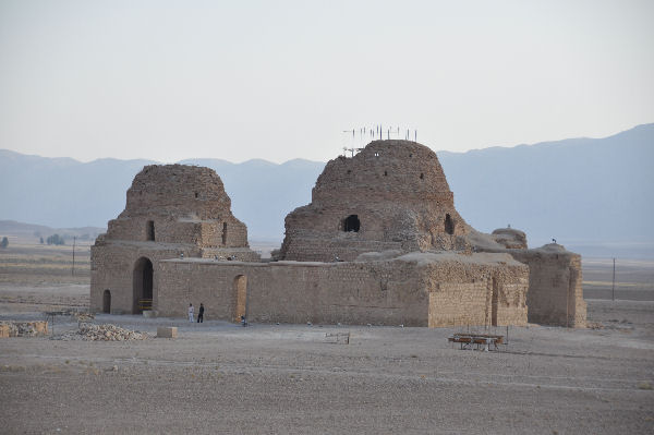 Sarvestan from the north