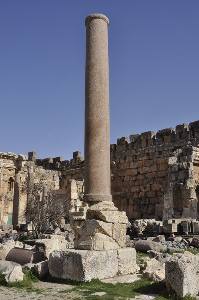 Baalbek, temple of Jupiter, Great Court, southern column