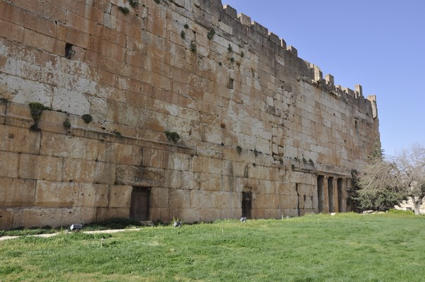 Baalbek, temple of Jupiter, shrine, southern terrace wall (1)