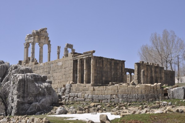 Faqra, temple of Adonis, general view