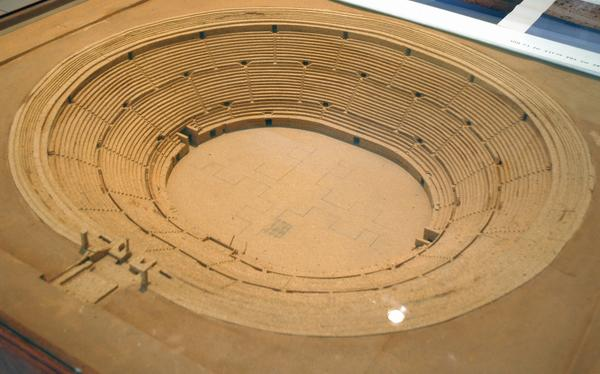Lepcis Magna, Amphitheater, model