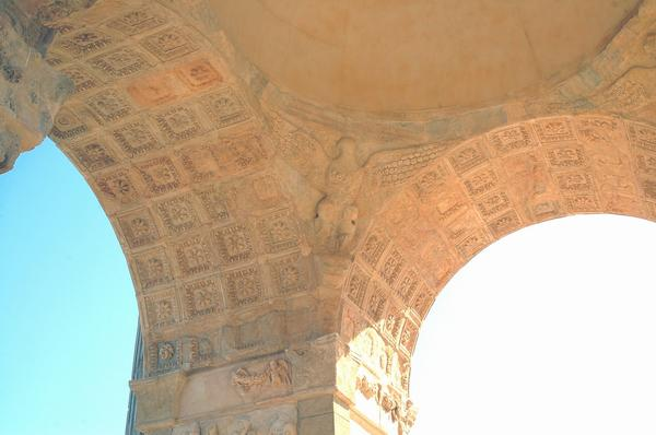 Lepcis, Arch of Septimius Severus, inside, eagle