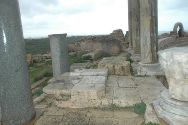 Lepcis, Theater, temple