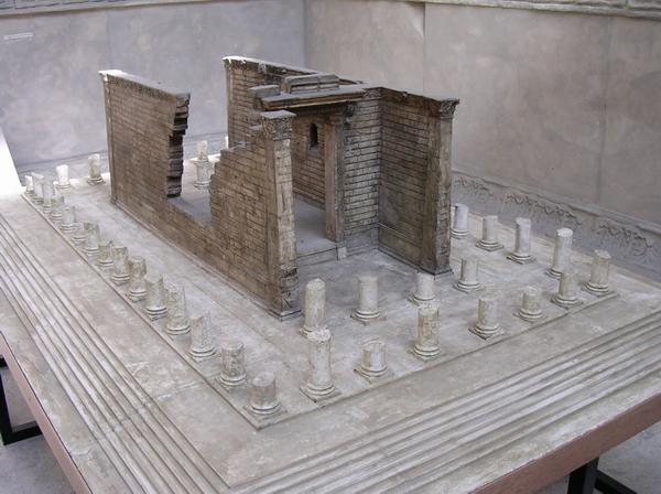 Ancyra, Temple of Augustus, model of the ruin