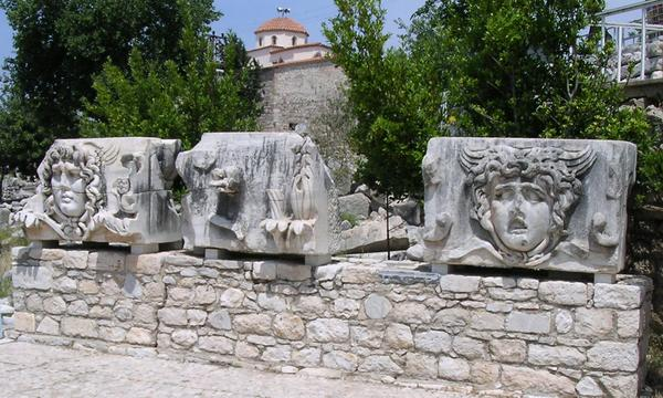 Didyma, temple of Apollo, gorgons' heads