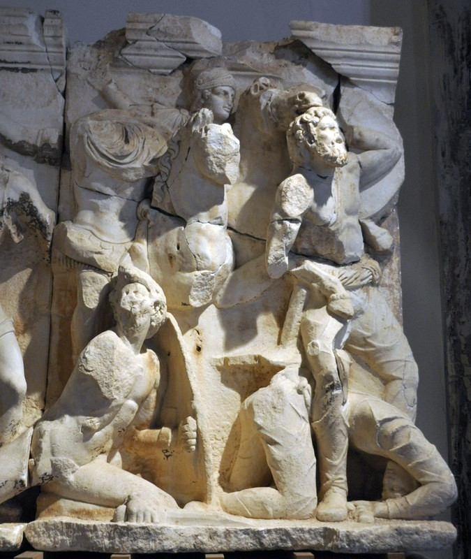 Ephesus, Parthian Monument, Battle scene