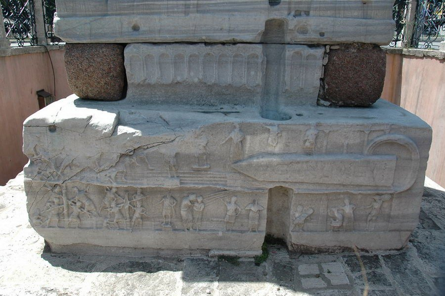 Constantinople, Hippodrome, First Obelisk, northeast part of the pedestal, lower relief
