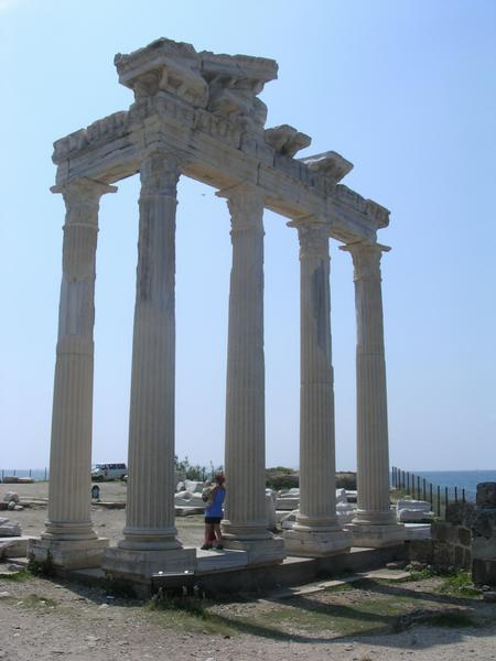 Side, temple of Apollo (1) - Livius