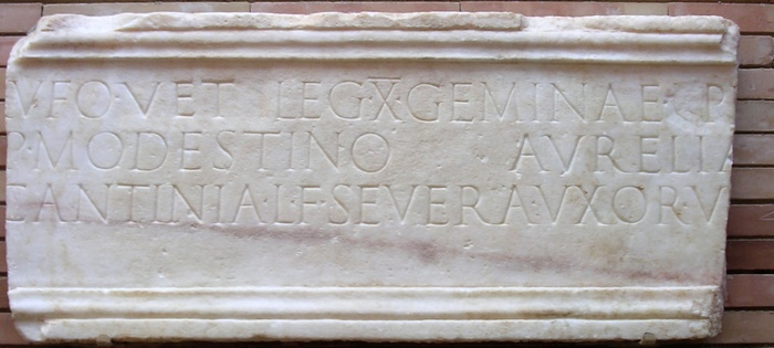 Augusta Emerita, Inscription mentioning X Gemina