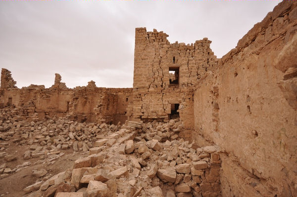 Qasr Bshir, curtain wall