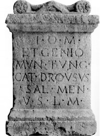 Inscription mentioning the  Mun[icipium] Tung[rorum]