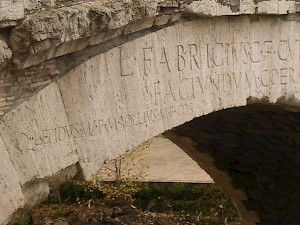 Rome, Bridge of Fabricius, inscription mentioning Lepidus and Lollius