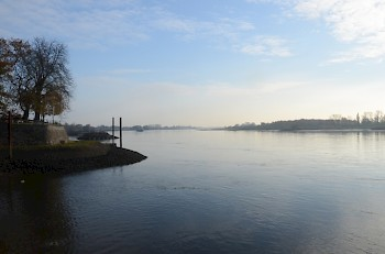 The Elbe at Zollenspieker, south of Hamburg