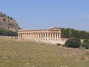 Segesta, general view of the temple