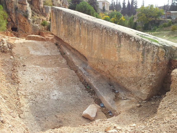 Baalbek, Hajar al-Hibla and new stone