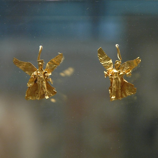 Amphipolis, earrings
