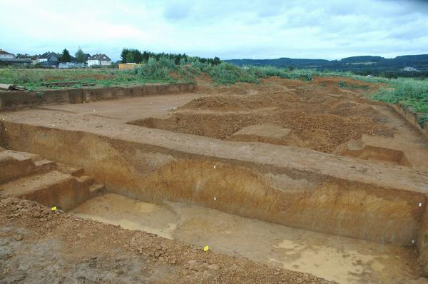 Waldgirmes, excavation: ditch and palisade
