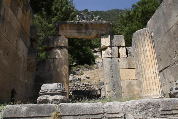 Arykanda, necropolis, tomb (1) - Livius