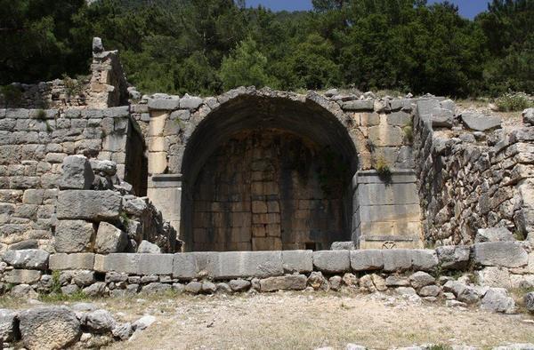 Arykanda, necropolis, tomb (2) - Livius
