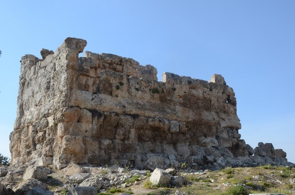 Majdel Anjar, Southeast view of the temple
