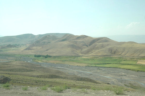 The Araxes, close to the Turkish-Armenian border