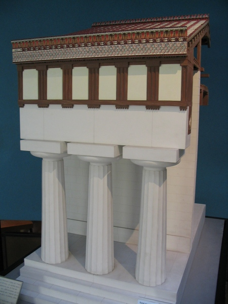 Temple òf Athena, model