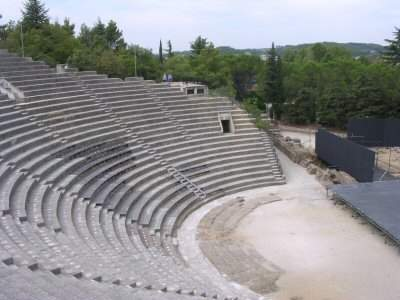 Vaison, theater