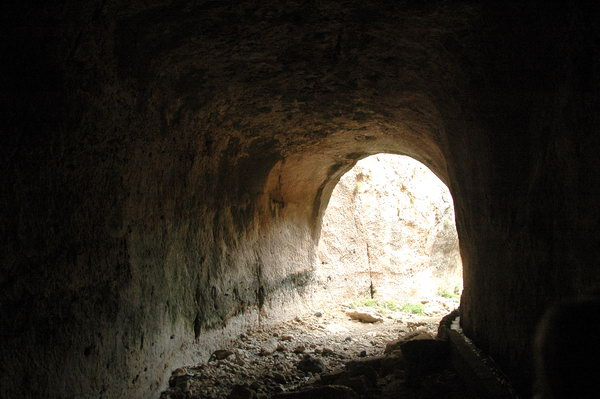 Seleucia in Pieria: tunnel (1)