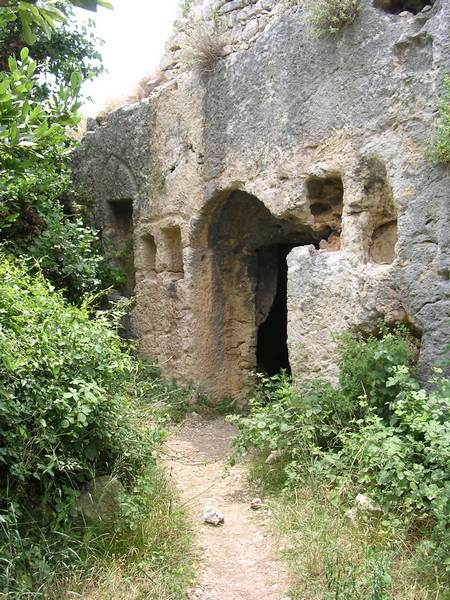 Seleucia in Pieria: rock tombs (3)