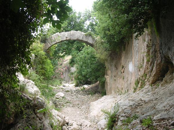 Seleucia in Pieria: Roman bridge (2)