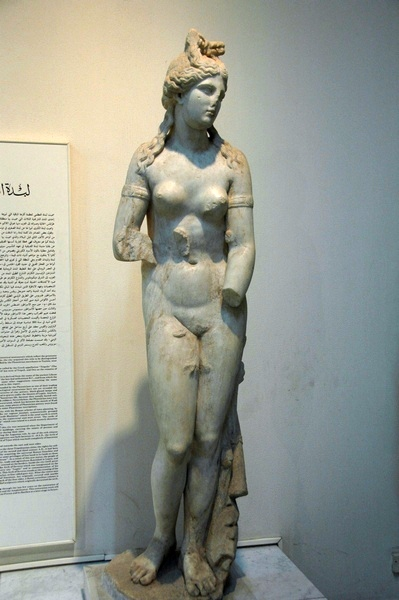 Lepcis, Theater, statue of Venus (2)