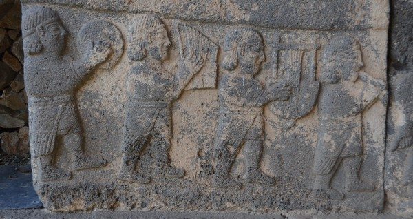 Karatepe, South Gate relief, Musicians