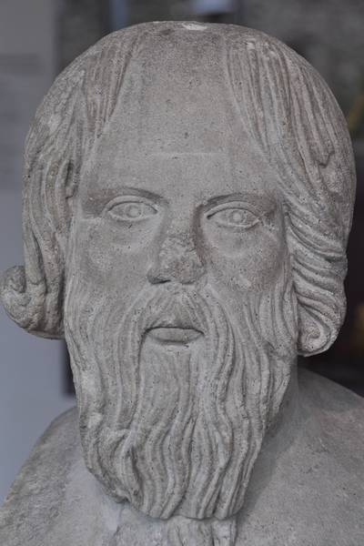 thucydides and herodotus depictions of themistocles in the story of sparta Thucydides: thucydides, greatest of ancient greek historians and author of the history of the peloponnesian war, which recounts the struggle between athens and sparta in the 5th century bc his work was the first recorded political and moral analysis of a nation's war policies all that is certainly.