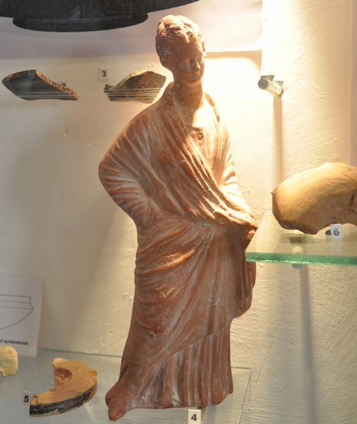 Dura Europos, Statuette of a Hellenistic lady