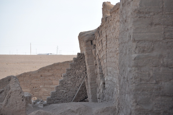 Dura Europos, Collapsed tower 14
