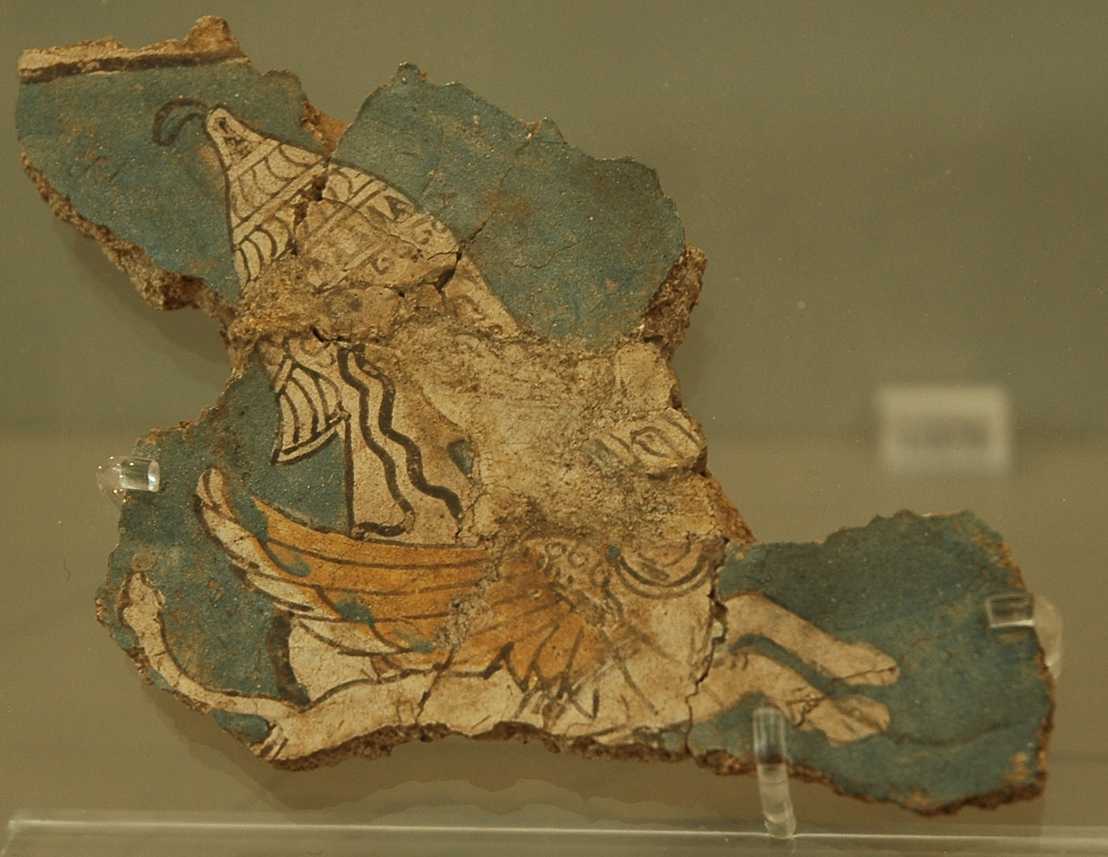 Mycene, Wall painting of a griffin with a warrior