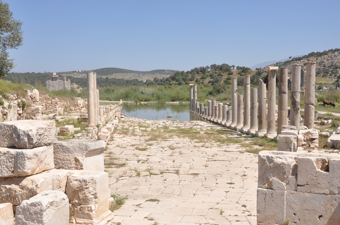 Patara, Colonnaded Street