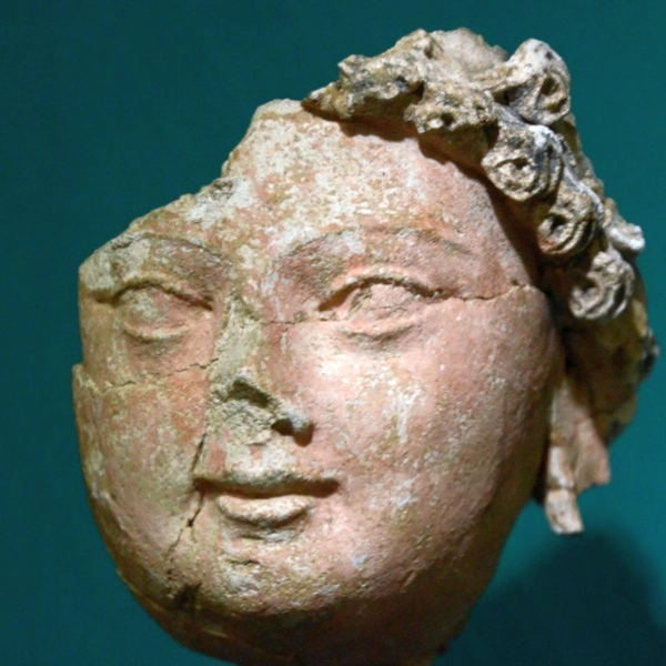 Kara Tepe, Head (3)
