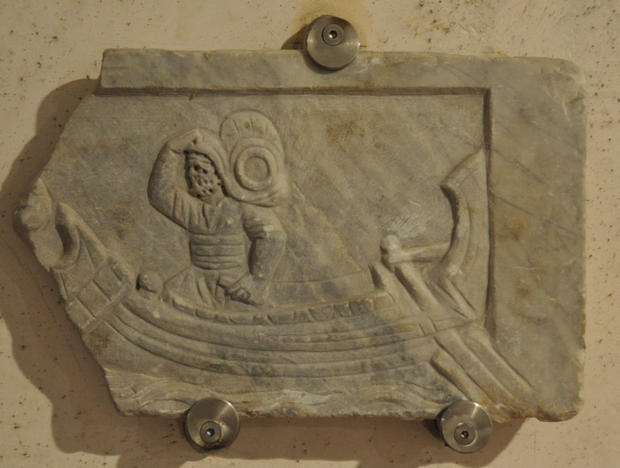Ostia, Relief of the unloading of a boat